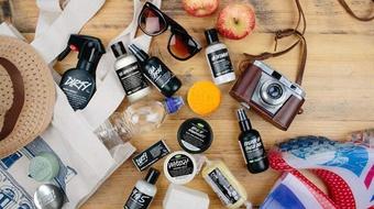 [報導] LUSH夏日逃跑計劃──逃離壓力去旅行!輕便打包術大公開,曬後重點修護讓肌膚零失控!