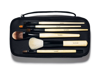 [新品] BOBBI BROWN Brush Collection 專業刷具系列
